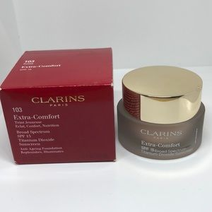 Clarins Paris 103 ivory anti-aging Foundation. NWB